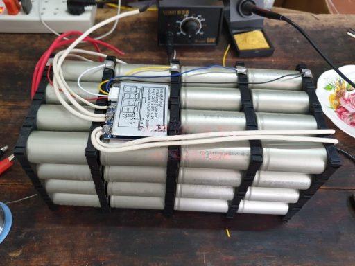 Khối pin LiFePo4 12v dung lượng 100Ah